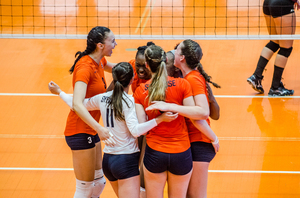 Syracuse extended its match against Florida State with a third-set victory but SU ultimately fell in four sets.