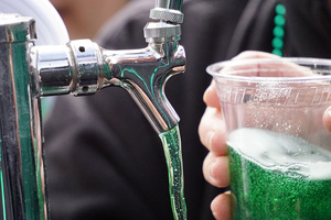 Tipperary Hill celebrated Green Beer Sunday this past weekend , but its color only seems to mask a taste of Coors Light.